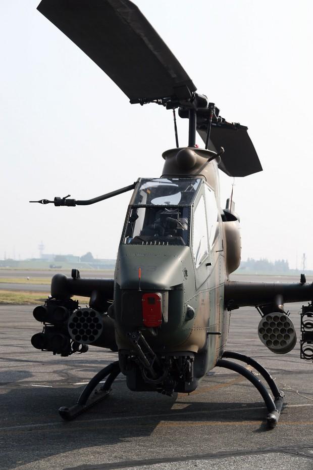 攻撃ヘリコプター無料写真素材008