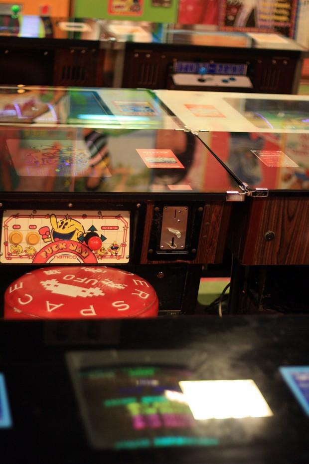 昭和のゲーム機(スペースインベーダー)フリー写真素材016