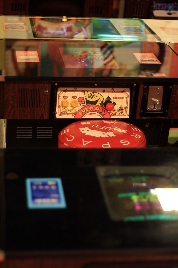 昭和のゲーム機(スペースインベーダー)フリー写真素材017