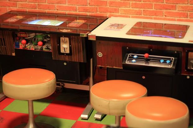 昭和のゲーム機(スペースインベーダー)フリー写真素材018