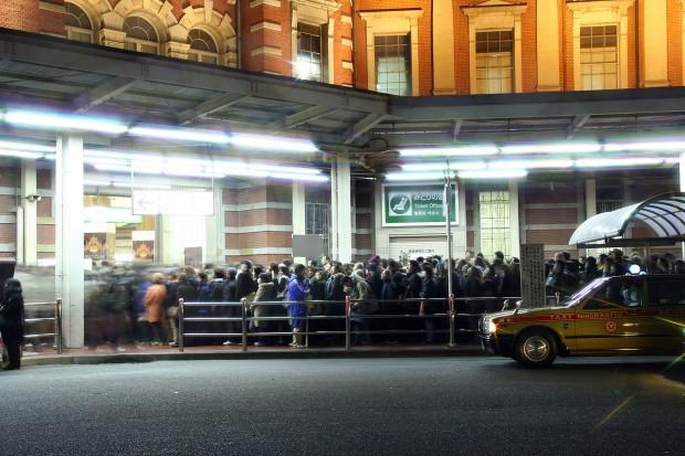 夜の東京駅フリー写真素材17