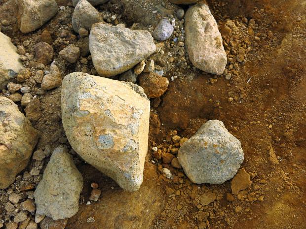 岩 石014