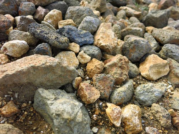 岩|石023