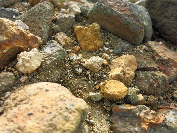 岩|石024