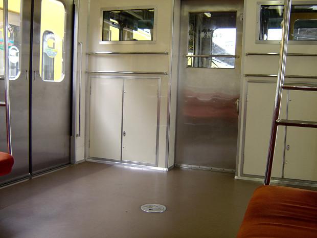 電車内|005
