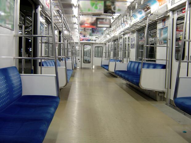 電車内|008