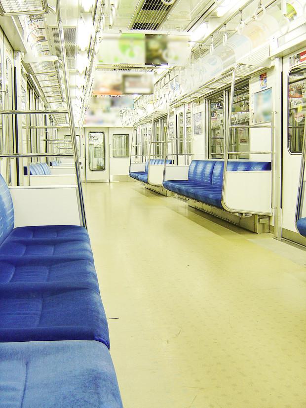 電車内|011