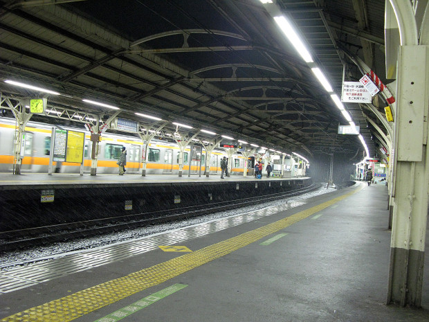 山手線代々木駅001