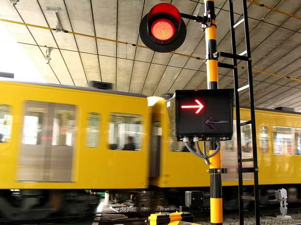 池袋路線|電車と線路、踏み切り009
